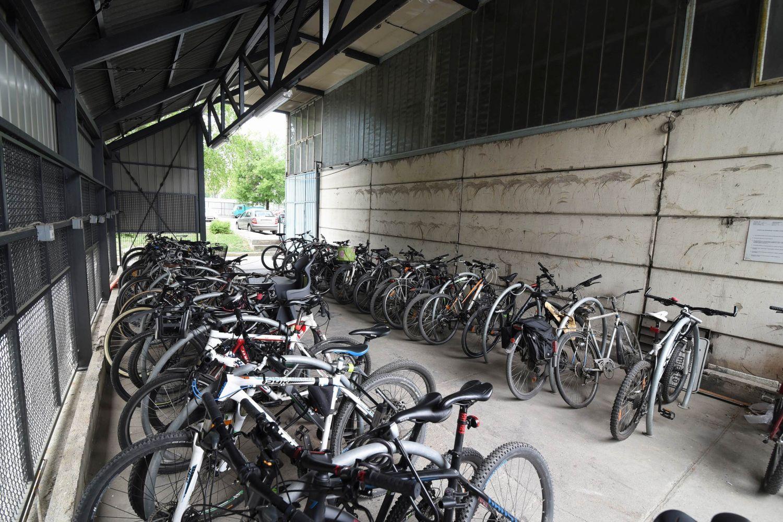 ENT 2017 1 bicikli_natkriveno parkiraliste