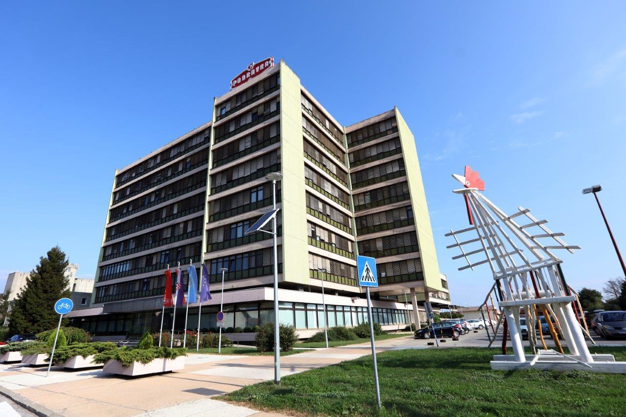 podravka Podravkina upravna zgrada (002)