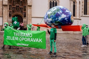 Greenpeace - zemlja na infuziji 1