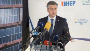 slika 2 -predsjednik Vlade RH Andrej Plenković